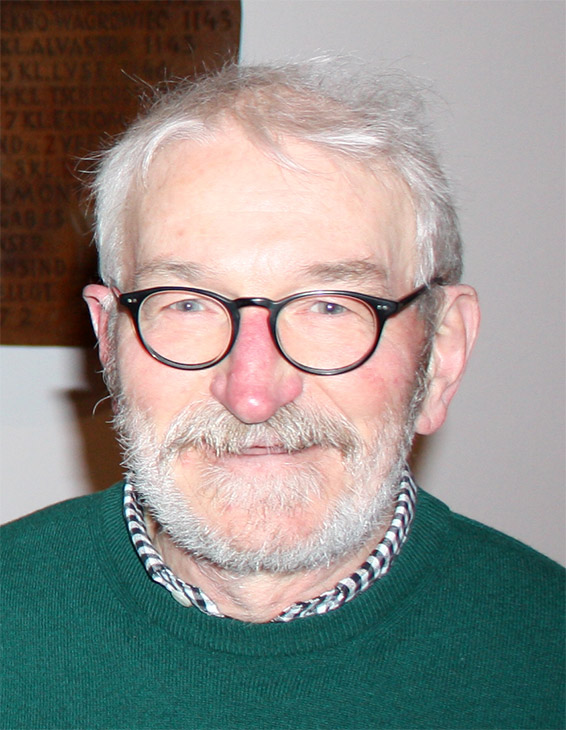 Dr. Andreas Booß